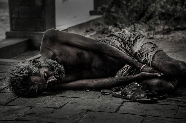 テクノロジーは貧困を救わない方が多いのではないか?