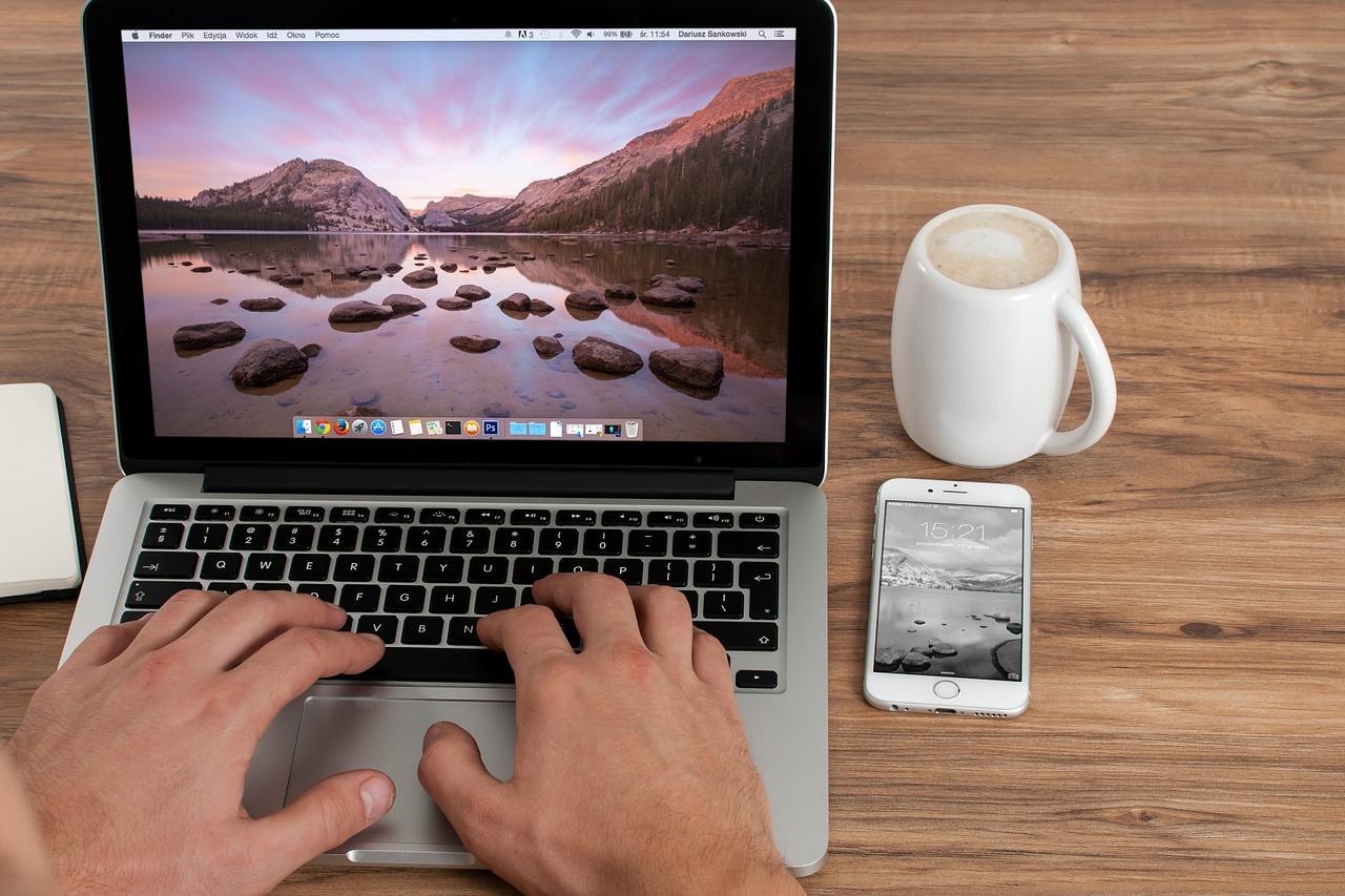 Appleが、プロセッサの脆弱性問題により、「iOS 11.2.2」、「macOS High Sierra 10.13.2 追加アップデート」を正式リリース